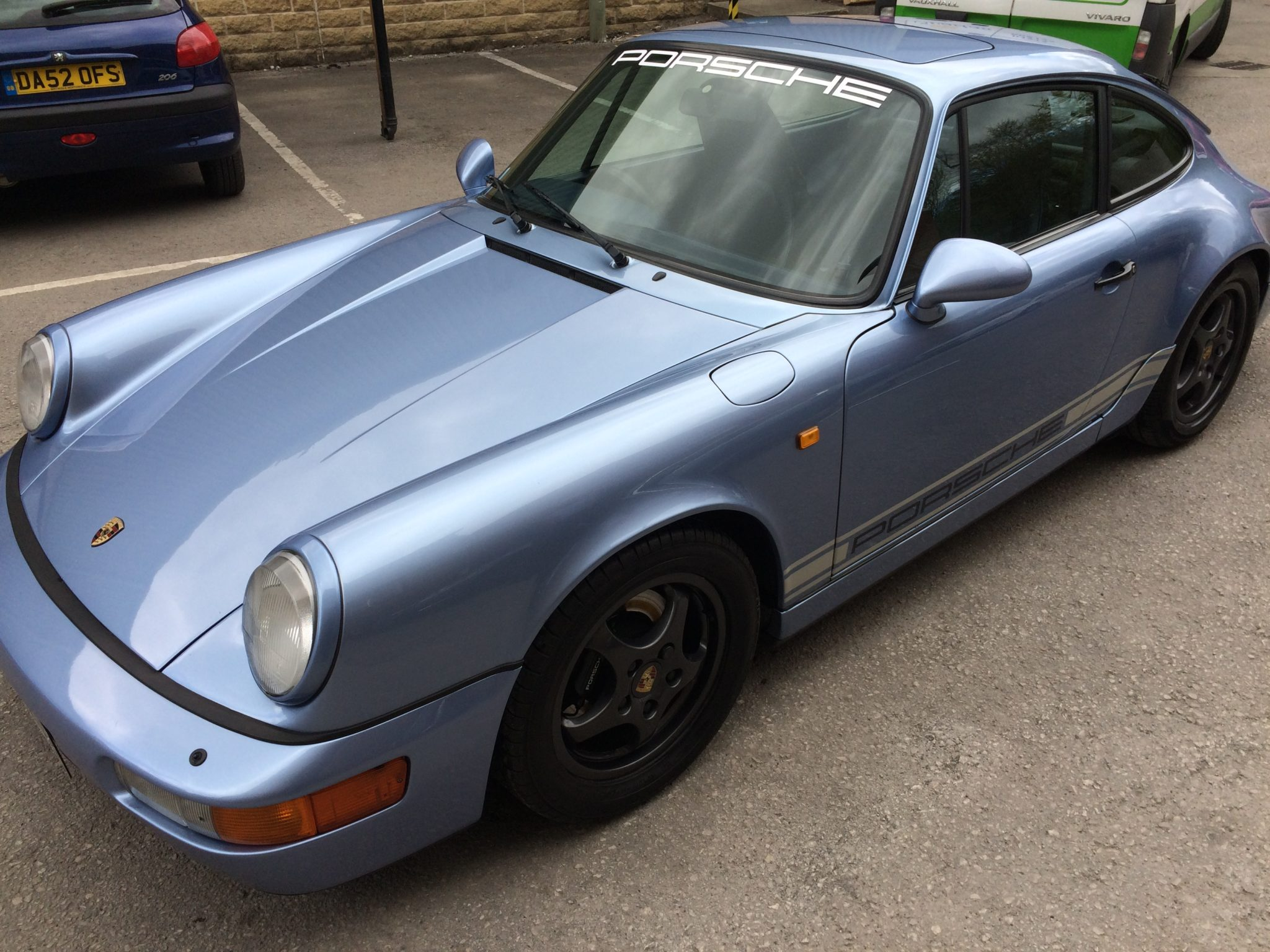 PHILS BEAUTIFUL BLUE 964 PAYS US A VISIT